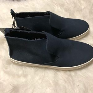 Size 6 DV Navy Canvas Sneakers